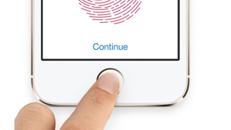 ابل تعود بخاصية Touch ID في إصدارات العام المقبل من هواتف الأيفون