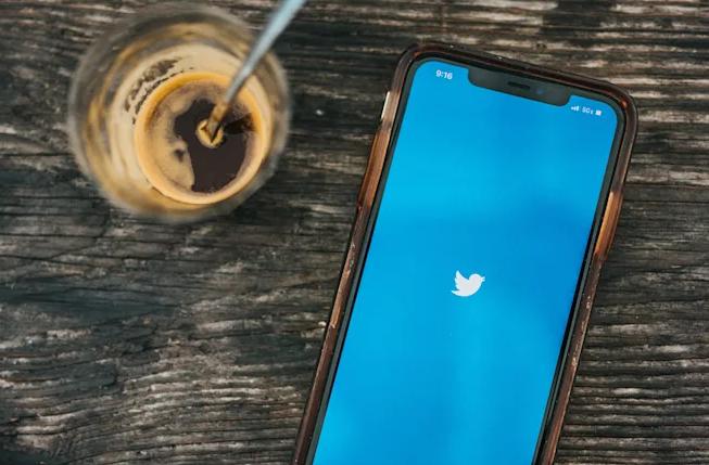 """خدمة تويتر القادمة تنطلق بعنوان""""Blue"""" وإشتراك شهري 3 دولارات"""