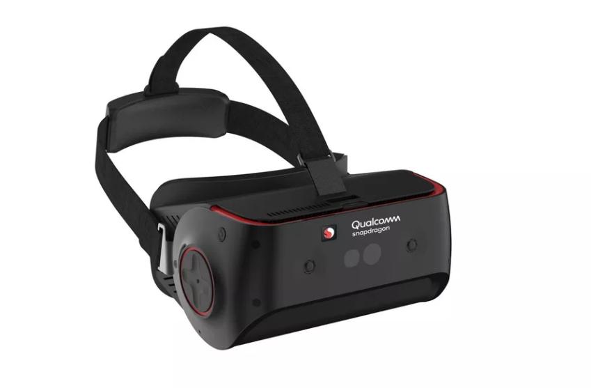 كوالكوم تطلق نظارات واقع افتراضي بتقنية تتبع حركة العين للمطورين هذا العام
