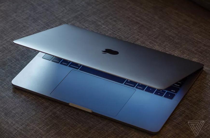 شركة أبل تقوم باستبدال البطاريات لبعض أجهزة MacBook Pro ذات 13 بوصة