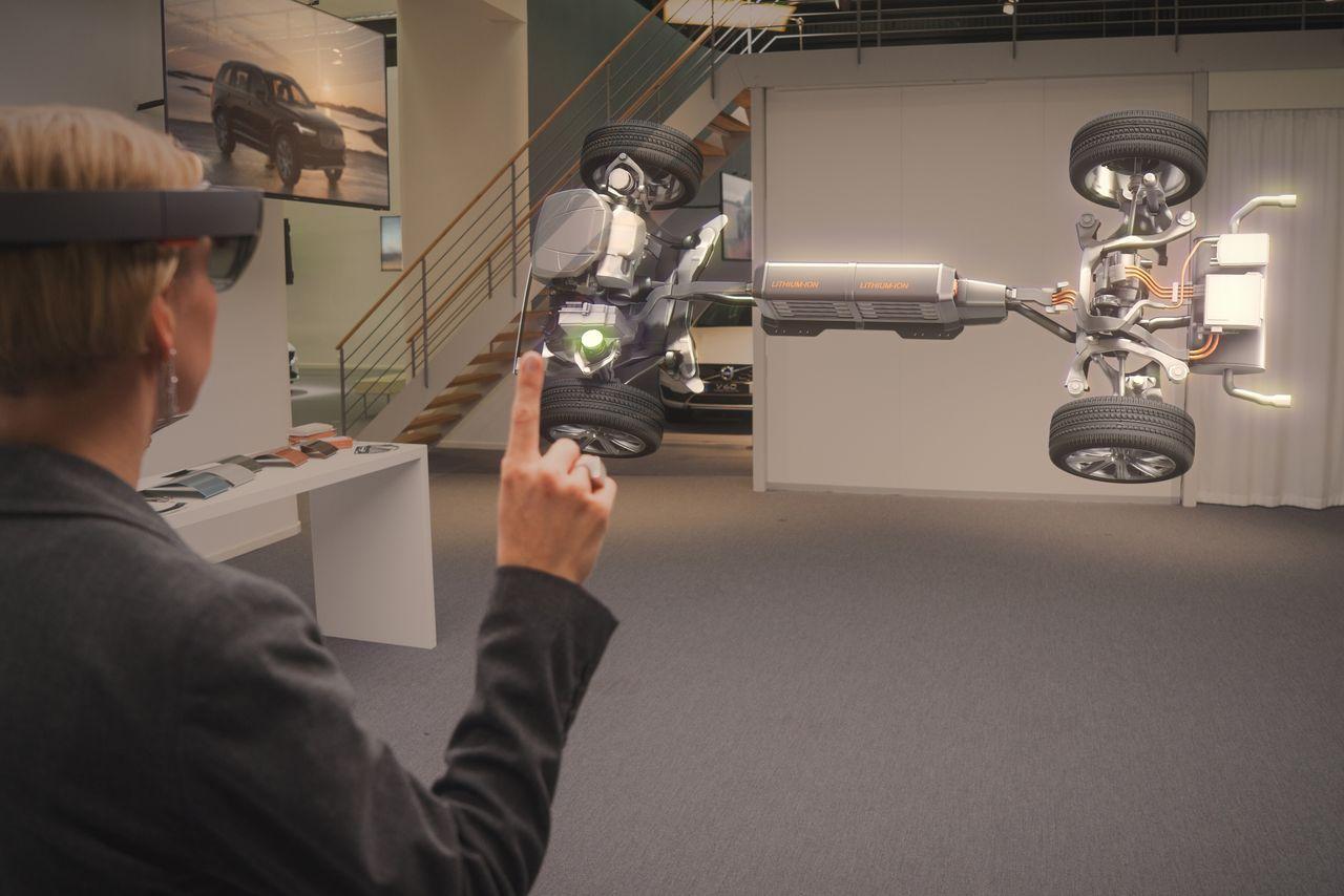Volvo-Cars-Microsoft-HoloLens