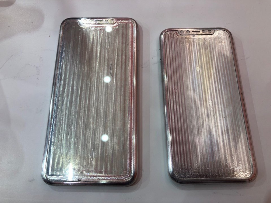 alleged Apple iPhone 11 and iPhone 11 Max molds