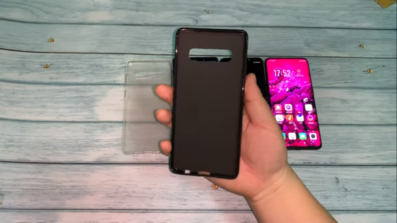 alleged Samsung Galaxy S10+ case