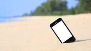 beach-smartphone