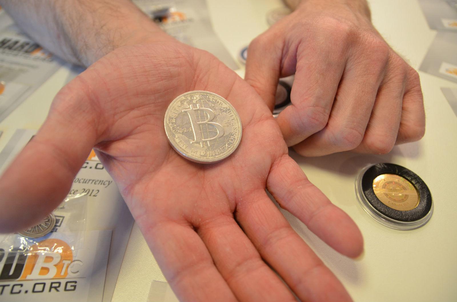 bitcoin-mania-mortage-house-investors