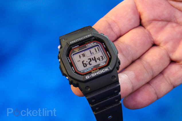casio-g-shock-gb-5600a-iphone-pictures-hands-on-1