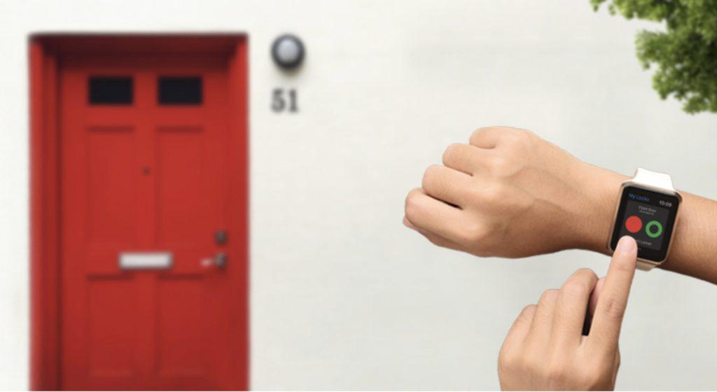 ساعة أبل يمكنها الآن إلغاء قفل August Smart الخاص بك