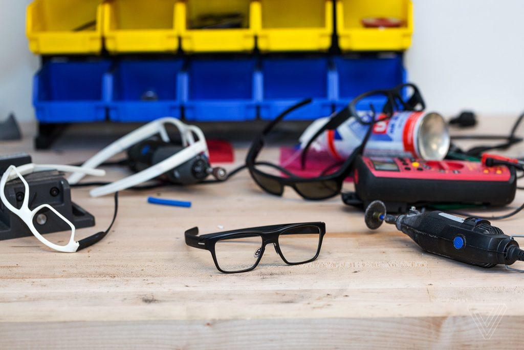شركة انتل تلغي نظاراتها الذكية بسبب نقص في الاستثمار