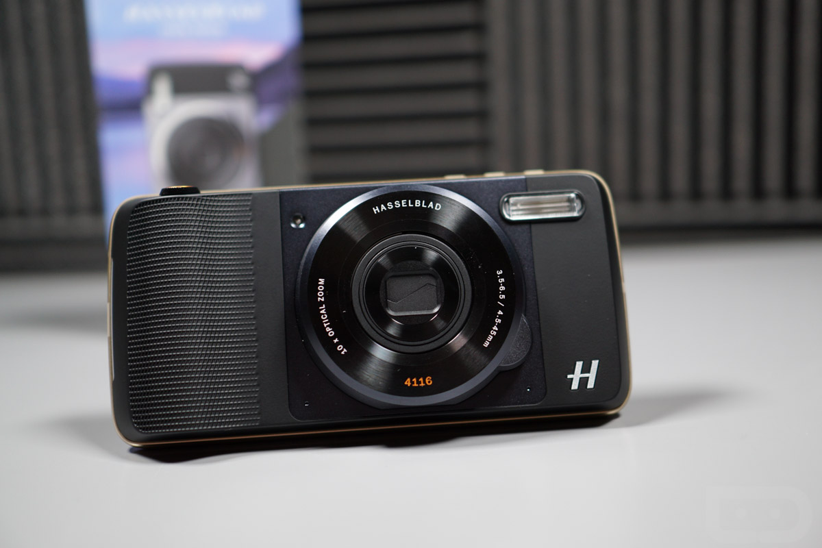 hasselblad camera moto mod