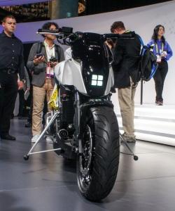 honda-selfbalancing-motorcycle