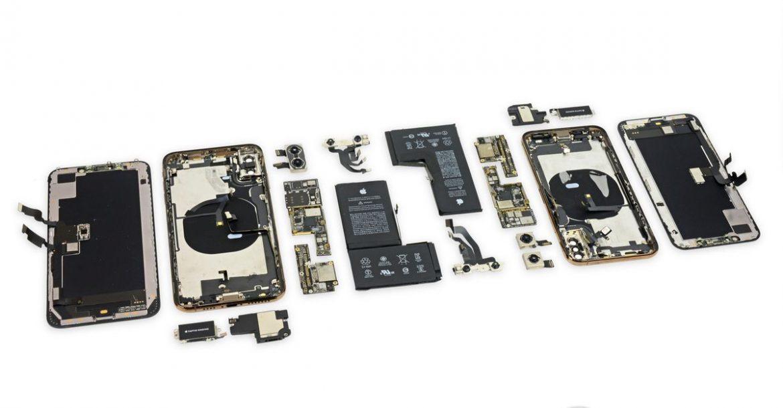 عملية تفكيك هاتفي آيفون XS و XS Max تكشف عن البطاريات وتفاصيل المكونات الداخيلة