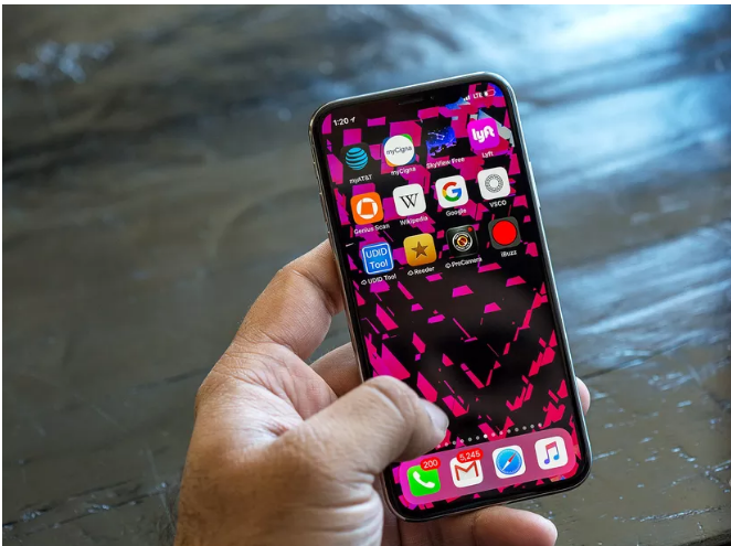 iPhone X buyers are having problems activating their phones