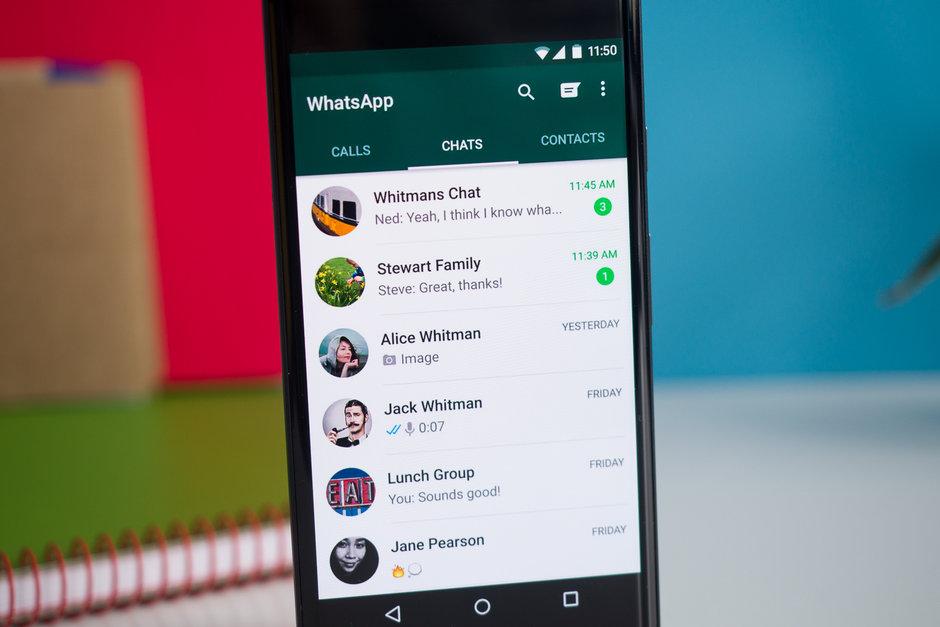 مستخدمو آيفون سيتمكنون من فتح واتساب عن طريق البصمة أو Face ID