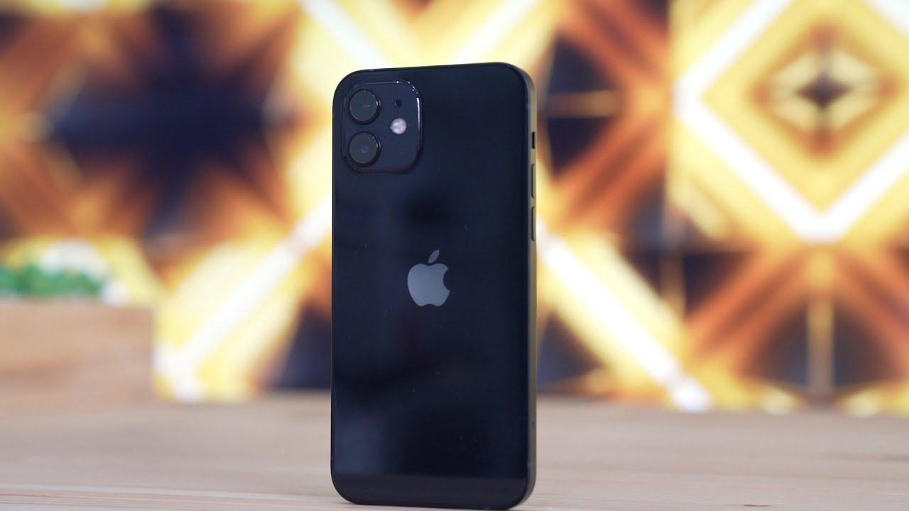 صورة مراجعة للهاتف iPhone 12: جهاز ممتاز جدا جدا جدا!