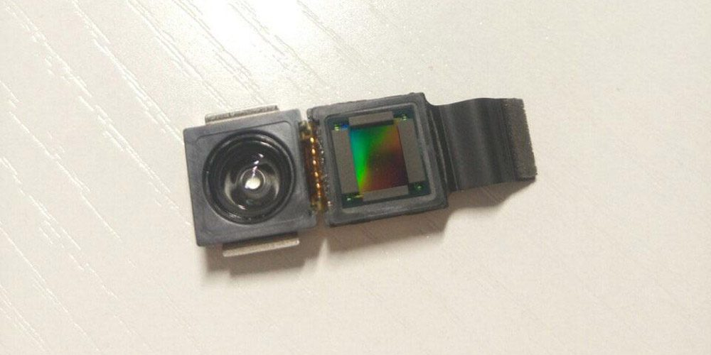تسريبات عن آيفون 8 تشير إلى وحدة كاميرا ثلاثية الأبعاد