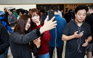 iphone-launch
