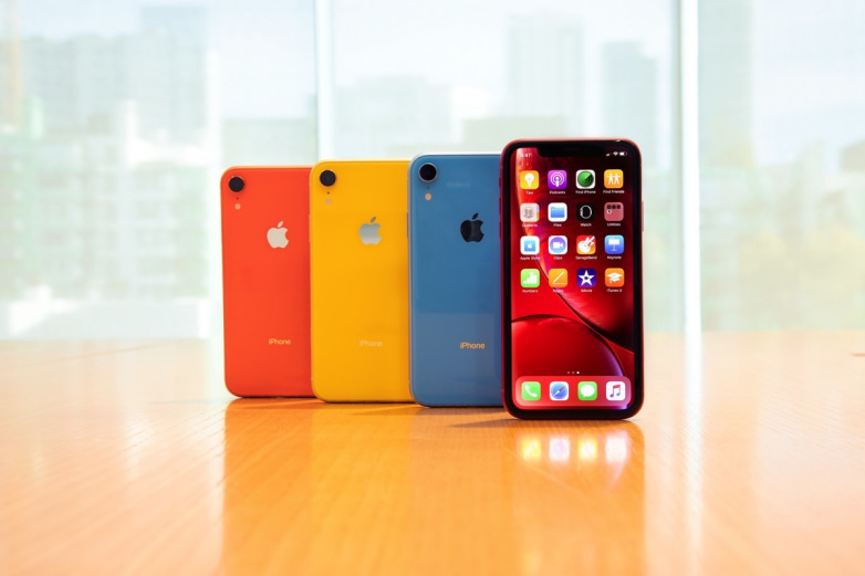 تقرير جديد يشير إلى أن مبيعات ابل من هواتف الأيفون أكثر من المتوقع