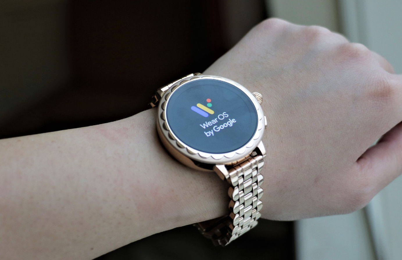 kate-spade-scallop-smartwatch-2-ces2019