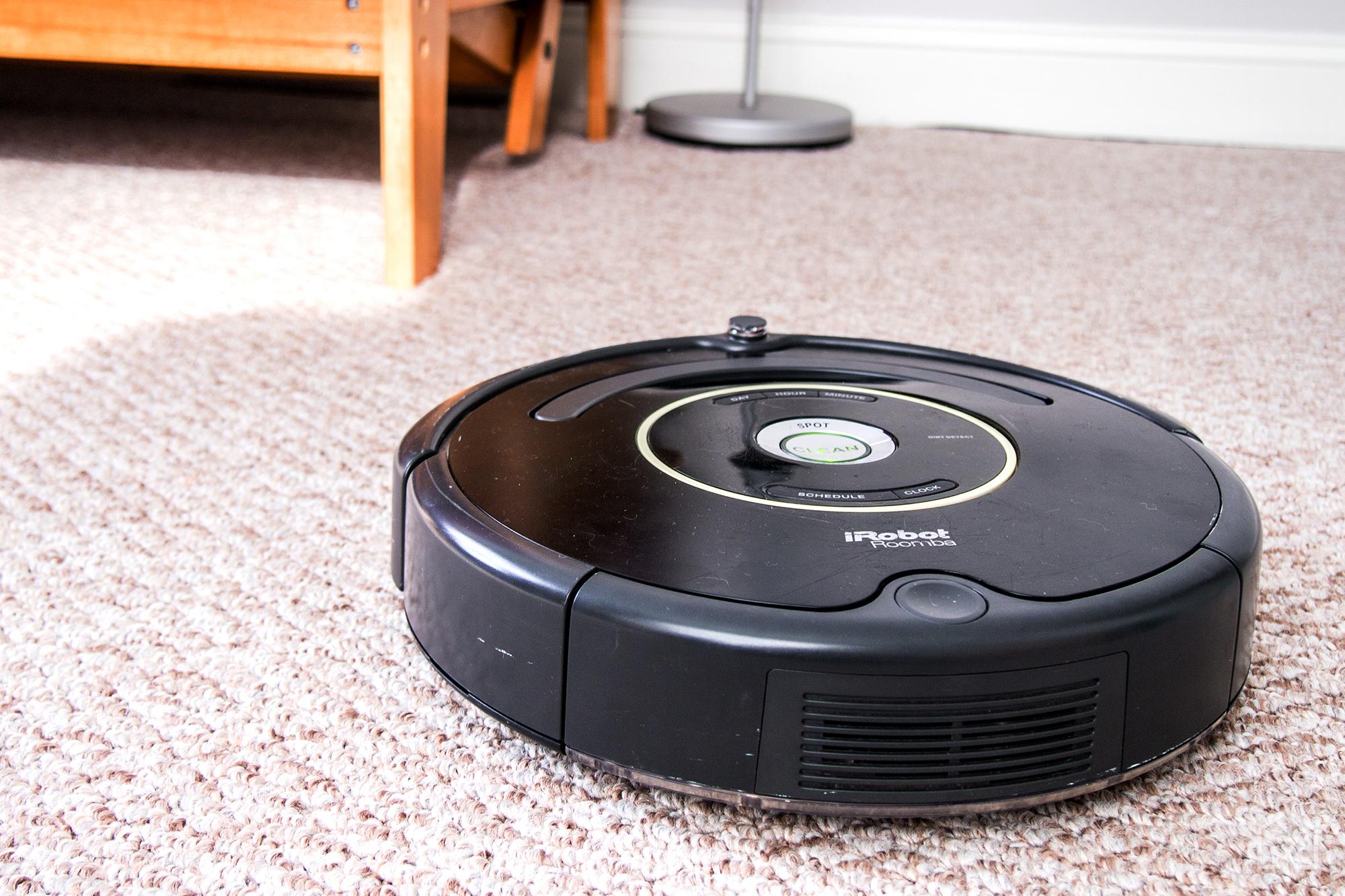 robot-vacuum-irobot-roomba-650