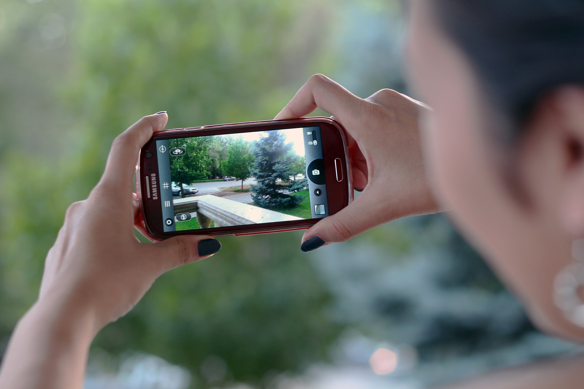 smartphone-video-shooting