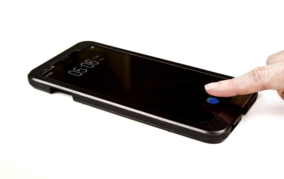 مستشعر بصمة Clear ID المدمج بالشاشة من Synaptics سنراه في هاتف رائد