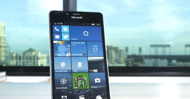 مايكروسوفت تنصح المستخدمين إلى التغيير إلى نظام iOS أو الأندوريد في الهواتف الذكية