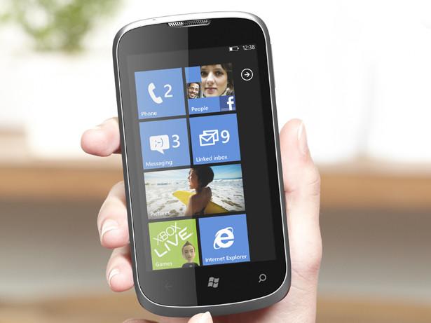 zte-orbit-windows-phone-7-0